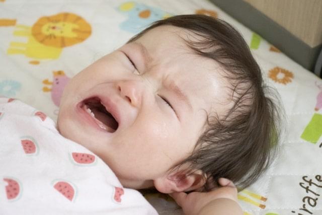 新米ママ必見 赤ちゃんが泣く理由と泣き止む方法とは?